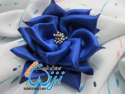 Lady-blue-0001