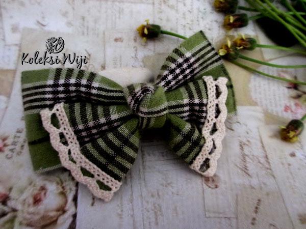Lupita-hair-bow-green