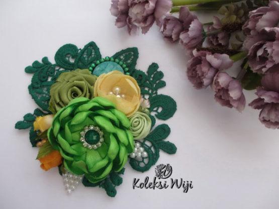calysta-green-brooch