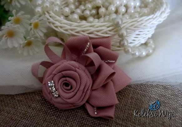 lana-sweet-brooch