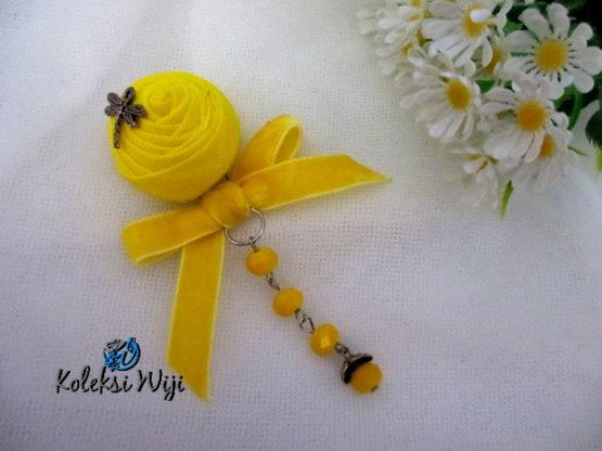 fatiya-yellow