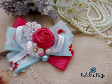 fancy-yona-brooch