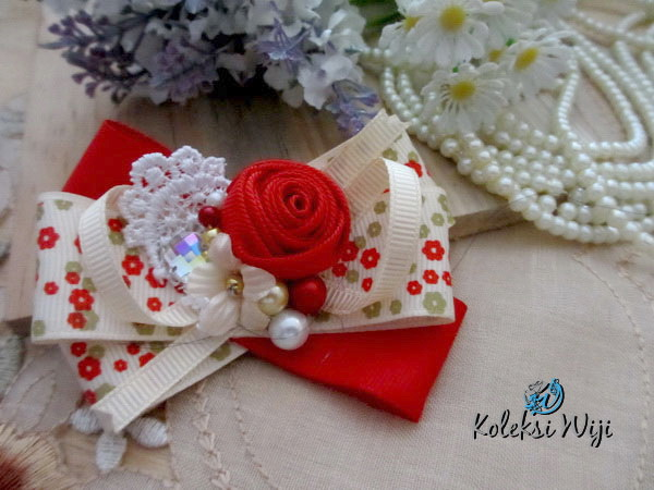 red-diana-brooch