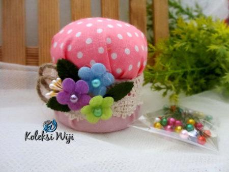pink-mushroom-pincushion