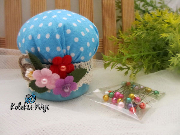 blue-mushroom-pincushion