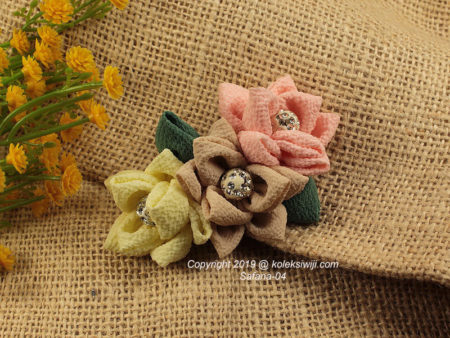 Safana Fabric Brooch-04