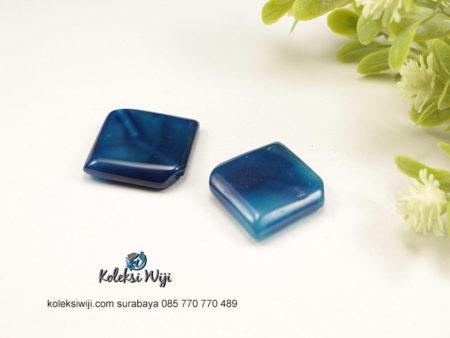 1 Buah Batu Manau Ketupat Biru 2 cm BT28