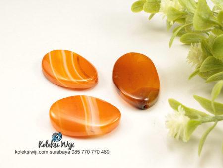 1 Buah Batu Manau Oval Orange 2 x 2,8 cm BT15