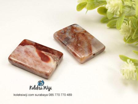 1 Buah Batu Manau Persegi Coklat 2,3 x 3 cm BT24