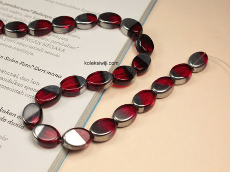 1 Untai Manik Kaca Oval Silver Merah 10 mm K70