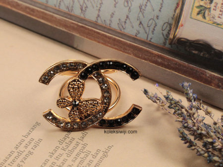 Ring Hijab Chanell Emas A15