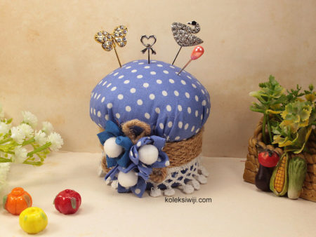 Lemony Pincushion-01