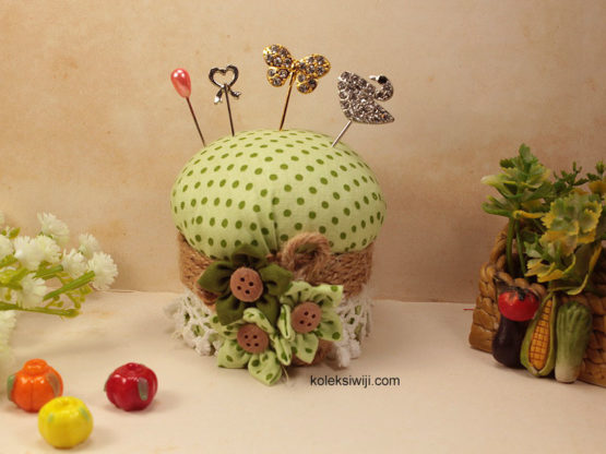 Lemony Pincushion-06