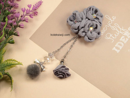 Grey Syafana Brooch-02