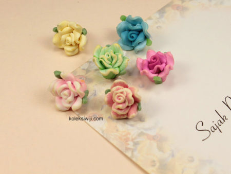 3 Buah Clay Bunga Mawar 1,5 cm CY2
