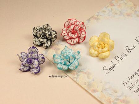 3 Buah Clay Bunga Mawar Tutul 2,5 cm CY6