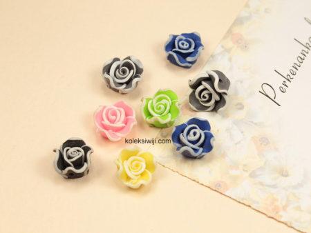 6 Buah Clay Bunga Mawar 1,2 cm CY21
