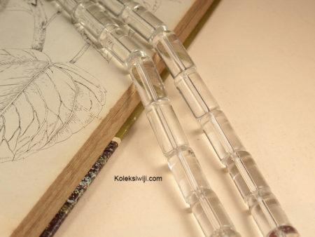 1 Untai Manik Kaca Tabung Bening 2,5 cm K126