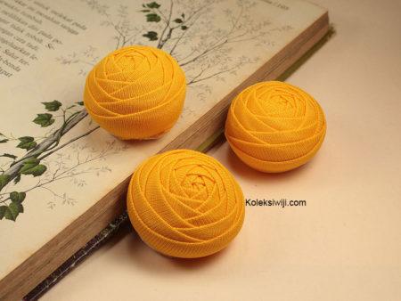2 Buah Bunga Mawar Gembul Kuning Tua IK25