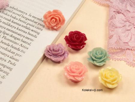 5 Buah Resin Bunga Mawar 2 cm RS92