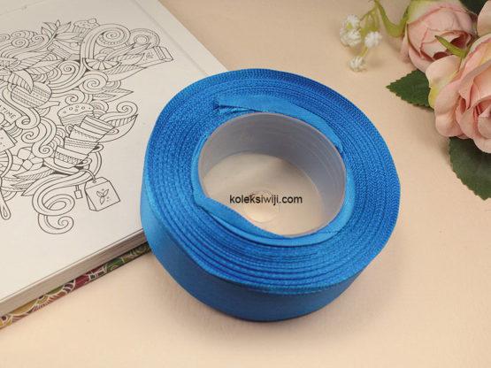 1 Roll Pita Satin 2,5 cm Biru Elektrik PT98