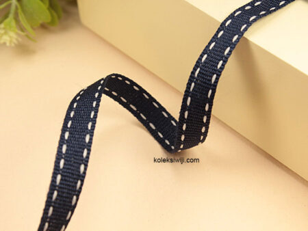 1 Yards Pita Strip 1 cm Navy PT174